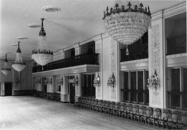 Crystal Ballroom, Hotel Winthrop, c.1925