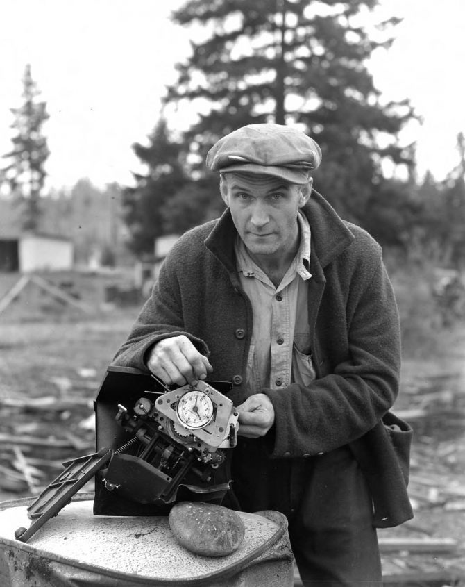 Image of a man with a damaged time clock