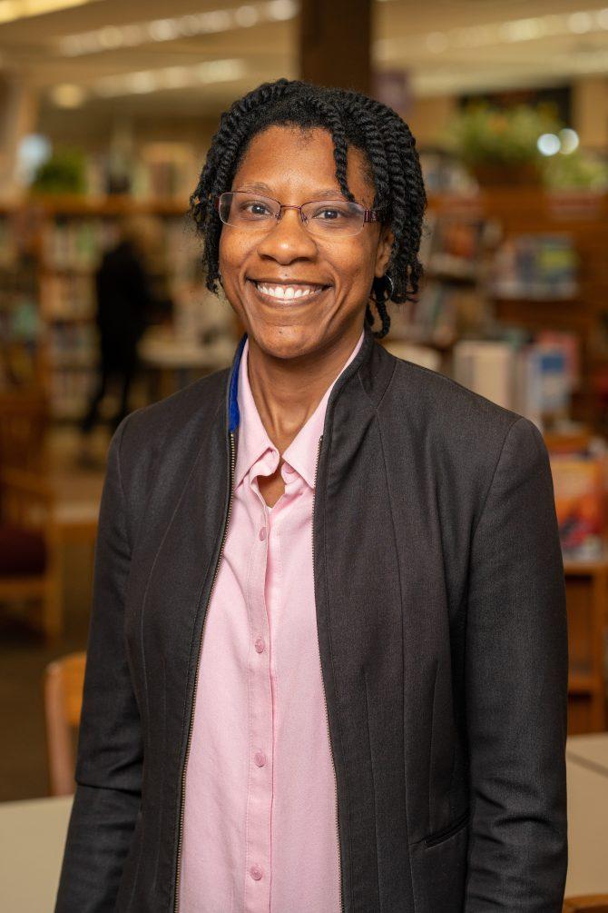 Toni Craig, Trustee