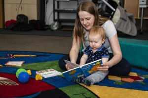 Baby-Laptime-Reading