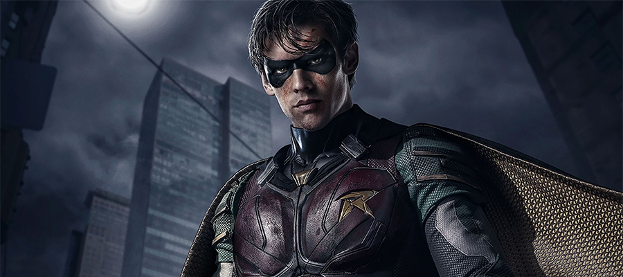 Brenton Thwaites as Robin in the live action Titans series.