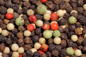 4_color_mix_of_peppercorns