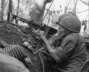 Machine gun team in Vietnam (U.S. Army photo)