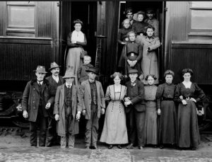 German immigrants (Library and Archives Canada photo)