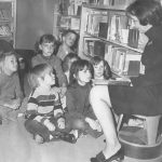 kids listening to storytime