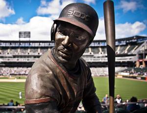 Harold Baines statue