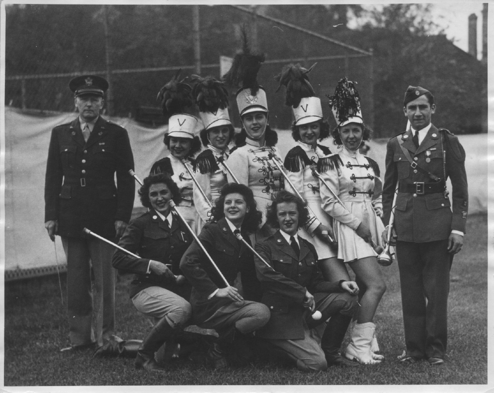 Captain Louis D. Walz and Lake View High School drum major and majorettes, 1942