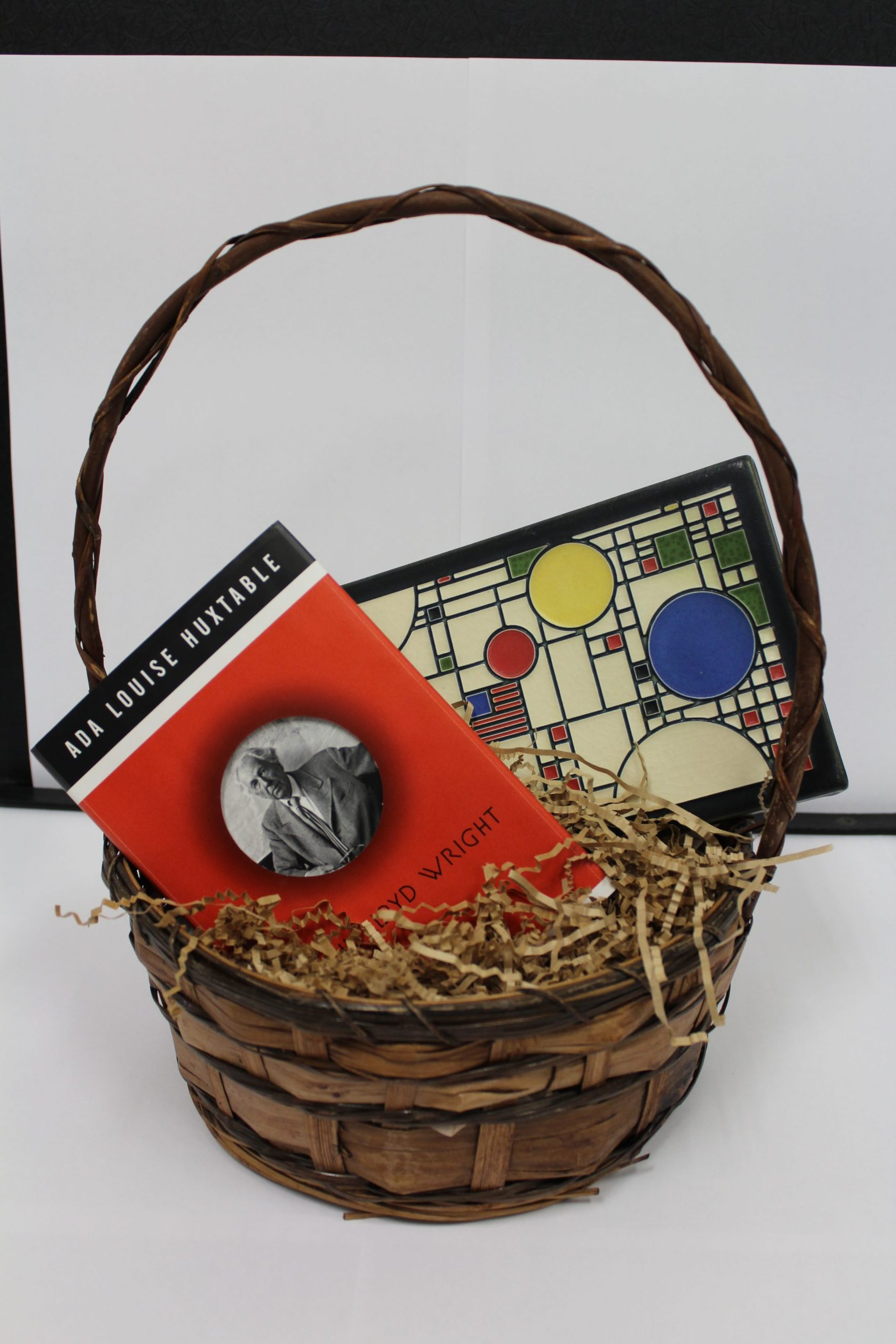Gift basket from the online auction
