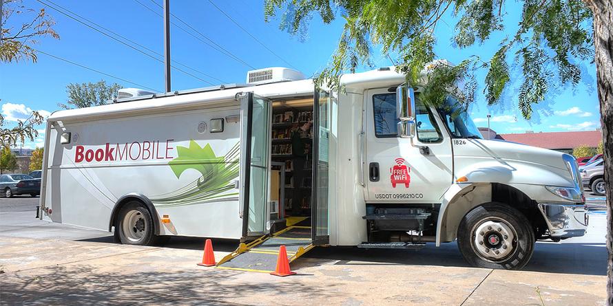 Bookmobile2_890x445