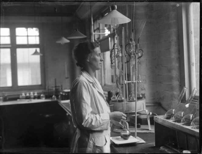 Woman inside a laboratory, Wallaceville Animal Research Centre. Ref: 1/1-021378-G. Alexander Turnbull Library, Wellington, New Zealand. /records/23081298
