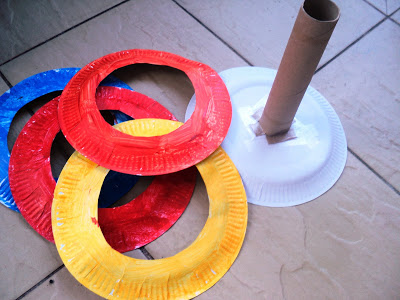 paper plate ring toss game