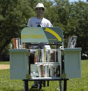 Gabriel Levinson's Bookbike (chicago)