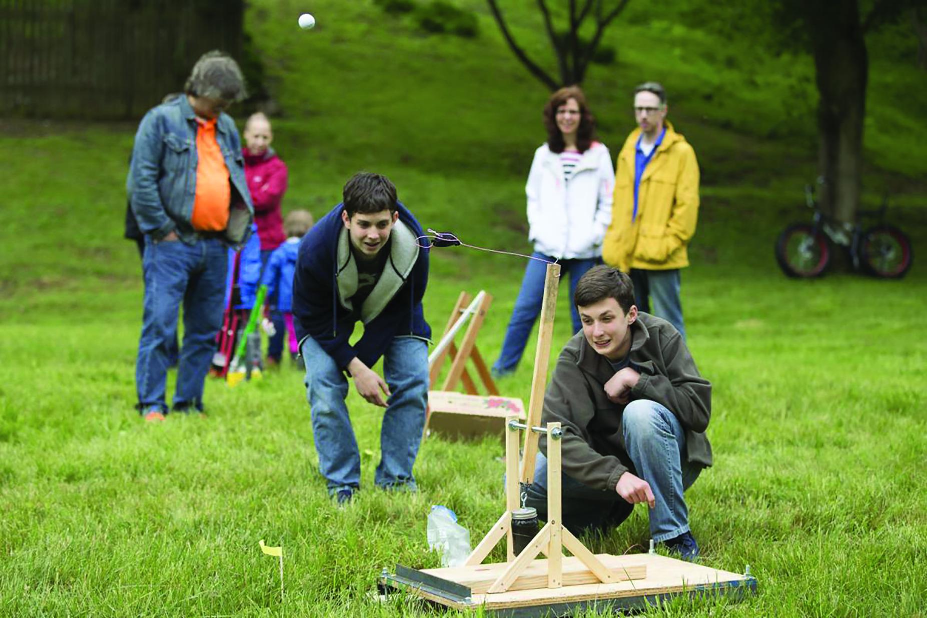Launch It! Trebuchet Contest