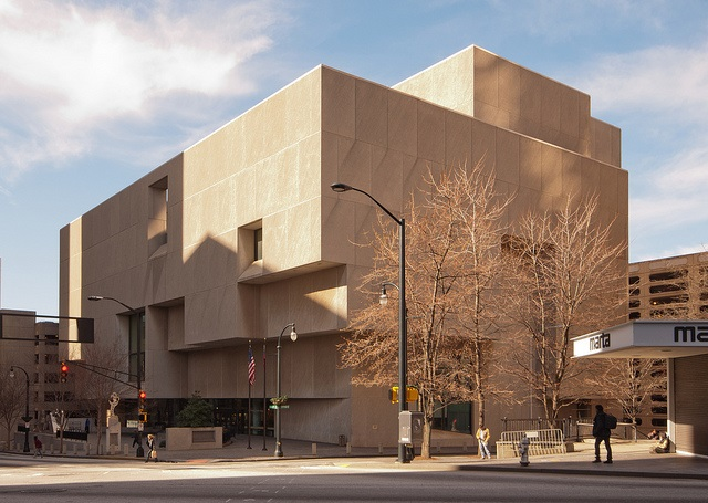 CENTRAL - BREUER Central Exterior Front - MARTA