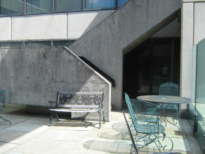 Photo Terrace AreaCENTRAL - BREUER