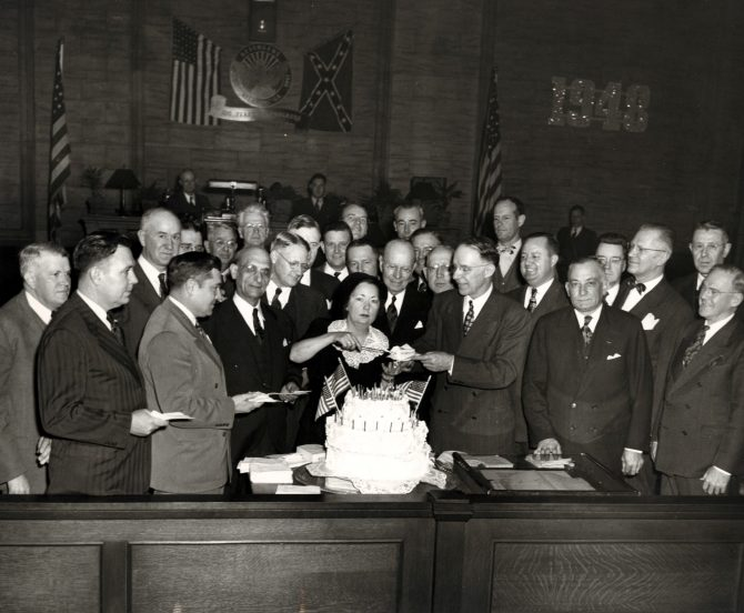 CENTRAL - MARGARET MITCHELL MM cuts cake at ATL b day