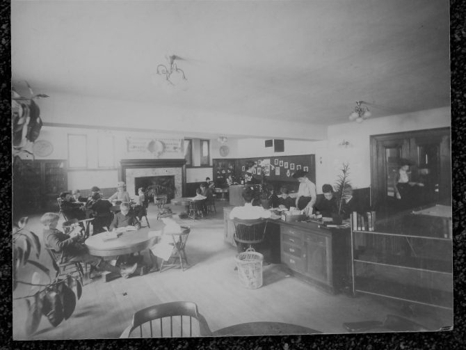 CENTRAL - CARNEGIE Carnegie Children's Room (3)
